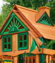 Treehouse wood roof